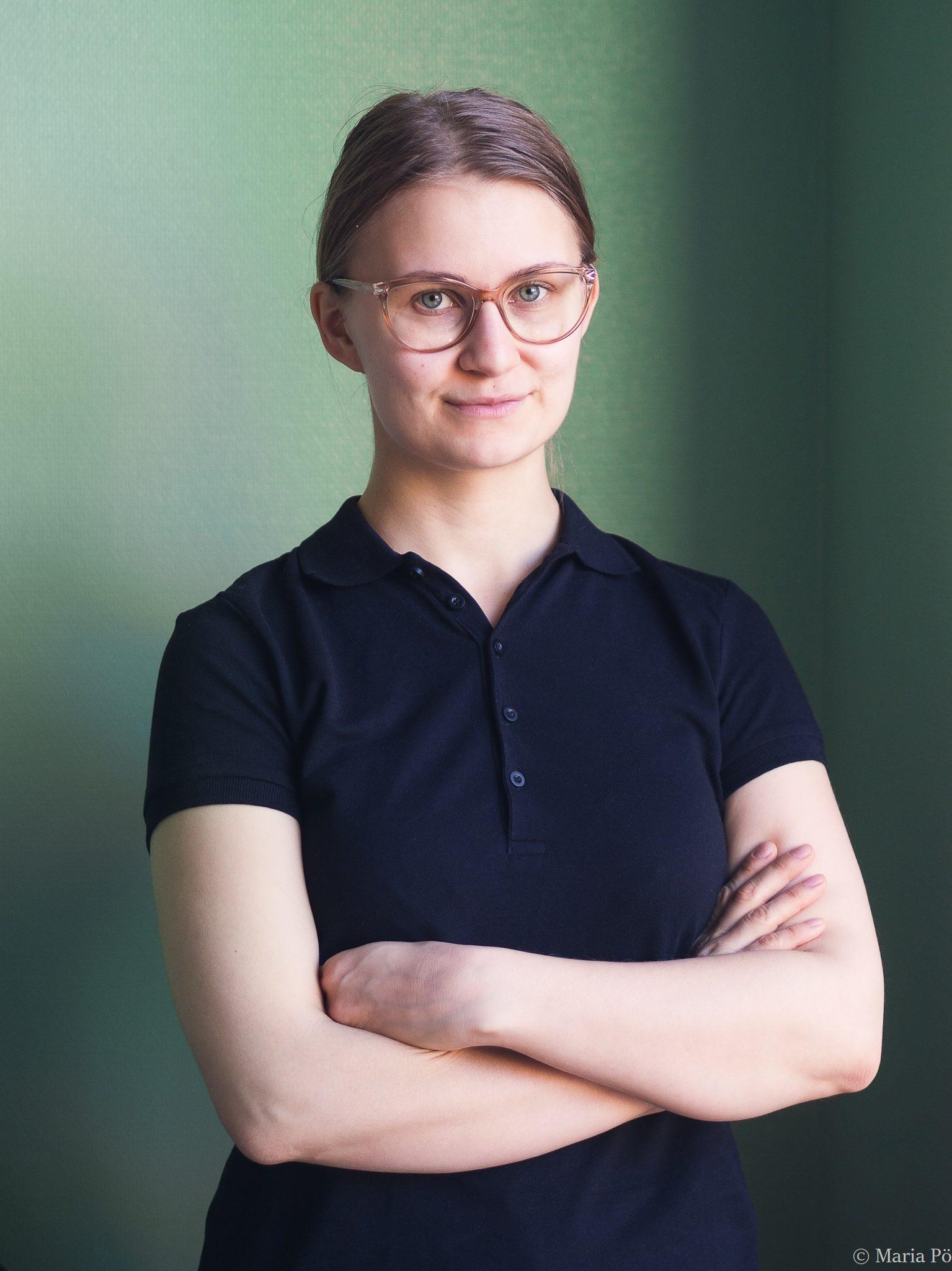 Helena Tuomainen / Koulutettu hieroja / jalkaterapeutti / Jalkaterapia Avenue Meilahti